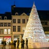 Рождественская ёлка из фарфора в Бельгии. (6 фото)
