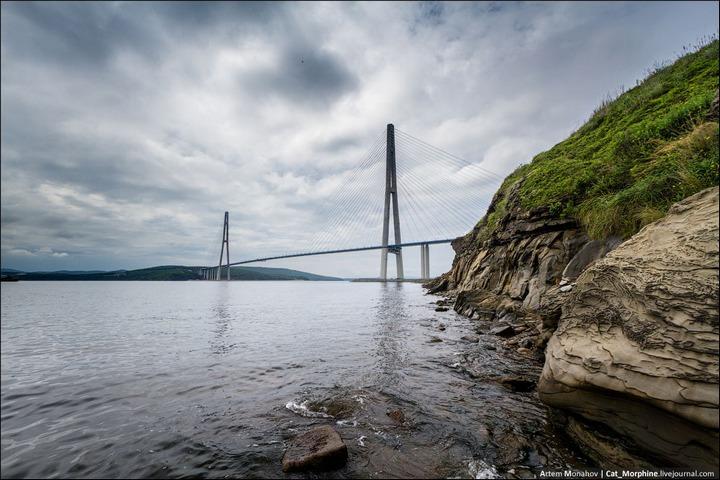 Восхождение на вантовый мост во Владивостоке (2)