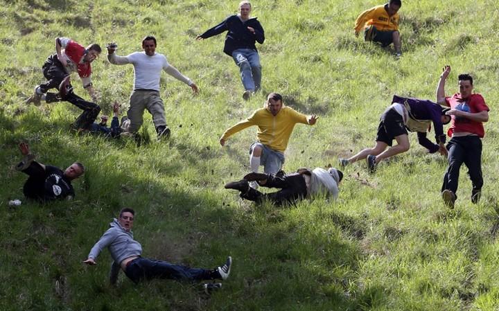 Сырная гонка в Англии (1)