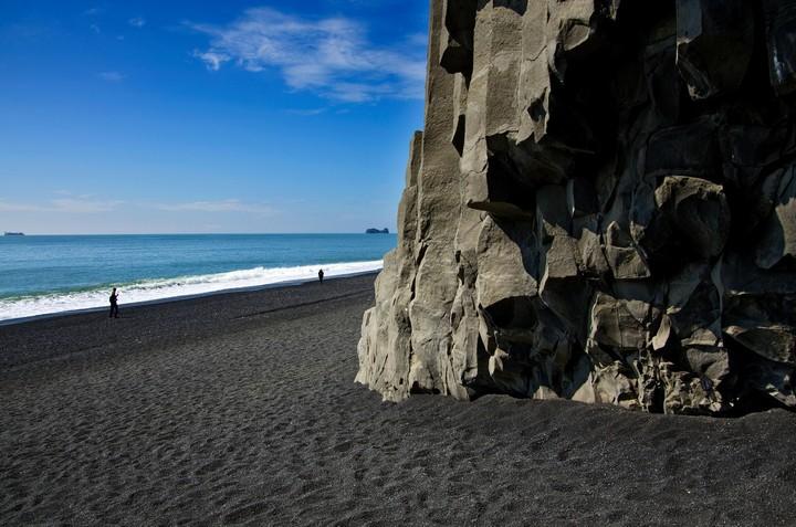 Черный пляж в Исландии (3)