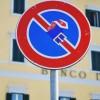 Прикольные дорожные знаки от Клерта Абрахама. (16 фото)