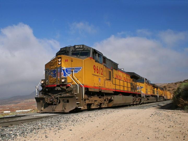 Фото поездов в странах мира