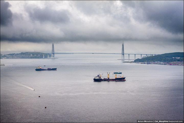 Восхождение на вантовый мост во Владивостоке (22)