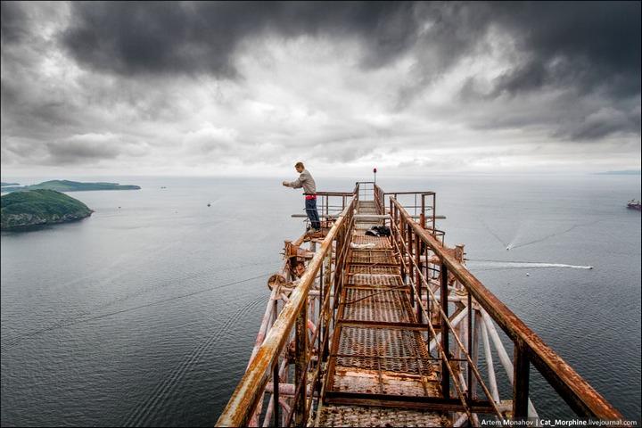 Восхождение на вантовый мост во Владивостоке (23)