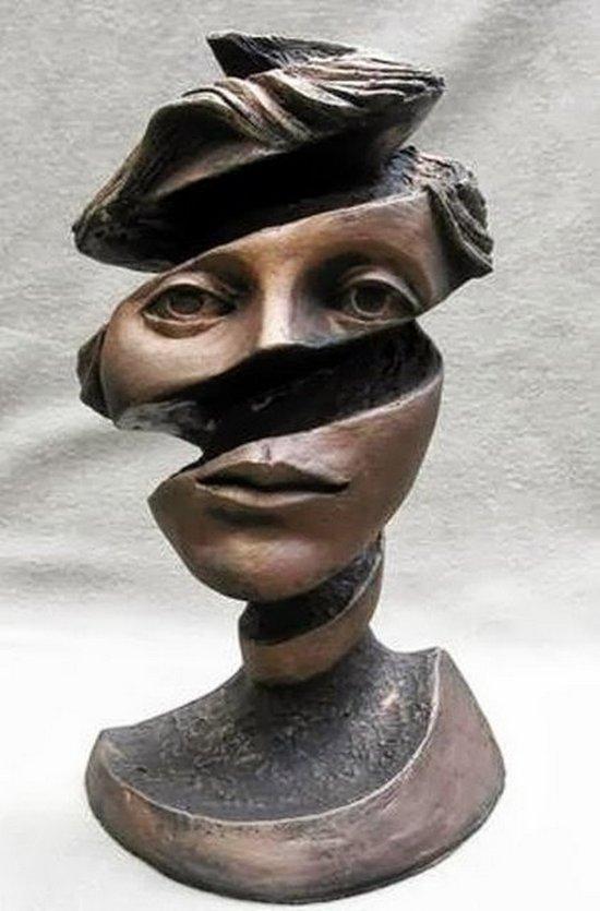 Сюрреалистические скульптуры (4)