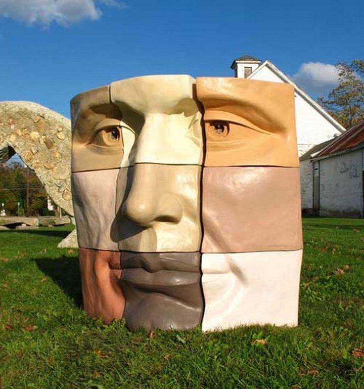 Сюрреалистические скульптуры (12)