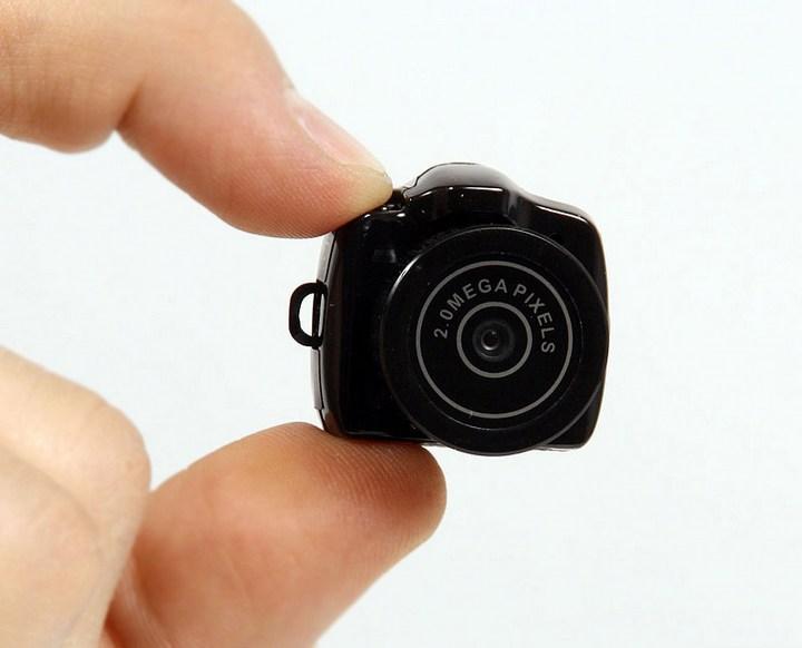Самый маленький фотоаппарат в мире (1)