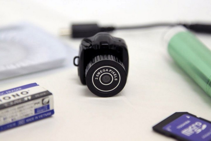 Самый маленький фотоаппарат в мире (5)