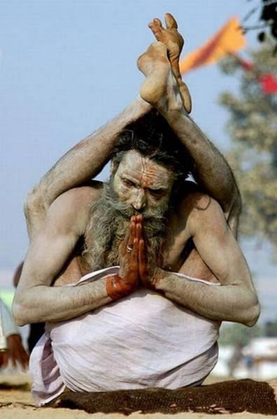 Йога. Самые необычные позы (4)