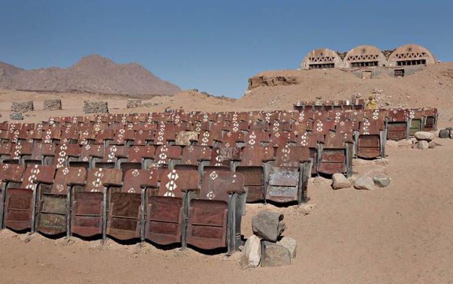 Кинотеатр в пустыне (2)