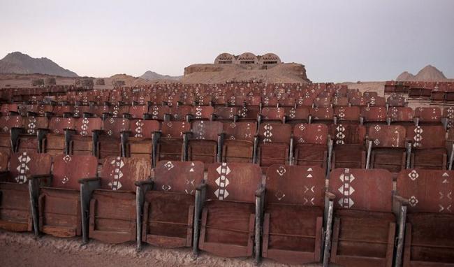 Кинотеатр в пустыне (3)