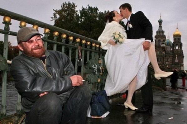 Какие фото не надо делать на свадьбах (6)