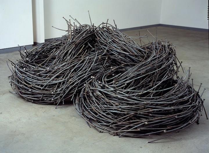 необычные скульптуры из гвоздей (9)
