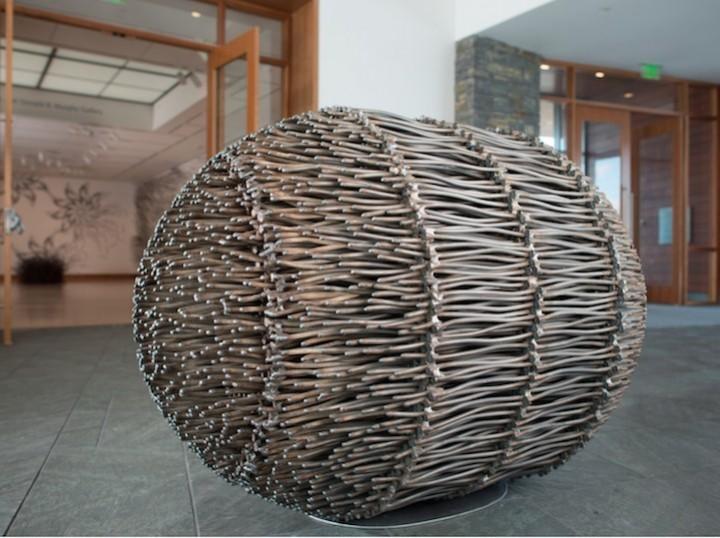 необычные скульптуры из гвоздей (5)