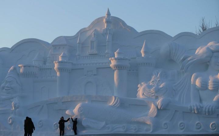 Фестиваль снежных и ледяных скульптур в Харбине (7)