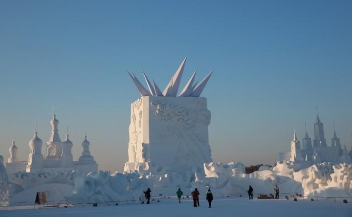 Фестиваль снежных и ледяных скульптур в Харбине (6)