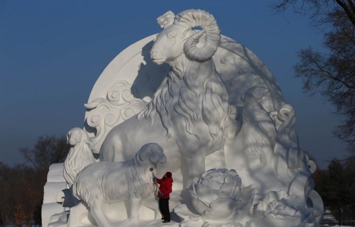 Фестиваль снежных и ледяных скульптур в Харбине (2)
