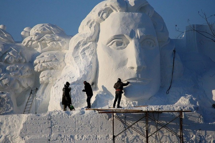 Фестиваль снежных и ледяных скульптур в Харбине (9)