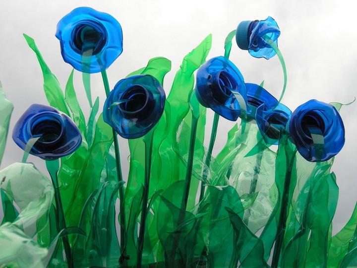 креатив, необычное, скульптуры из пластиковых бутылок (2)