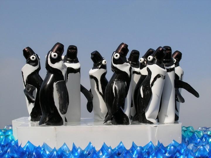 креатив, необычное, скульптуры из пластиковых бутылок (6)